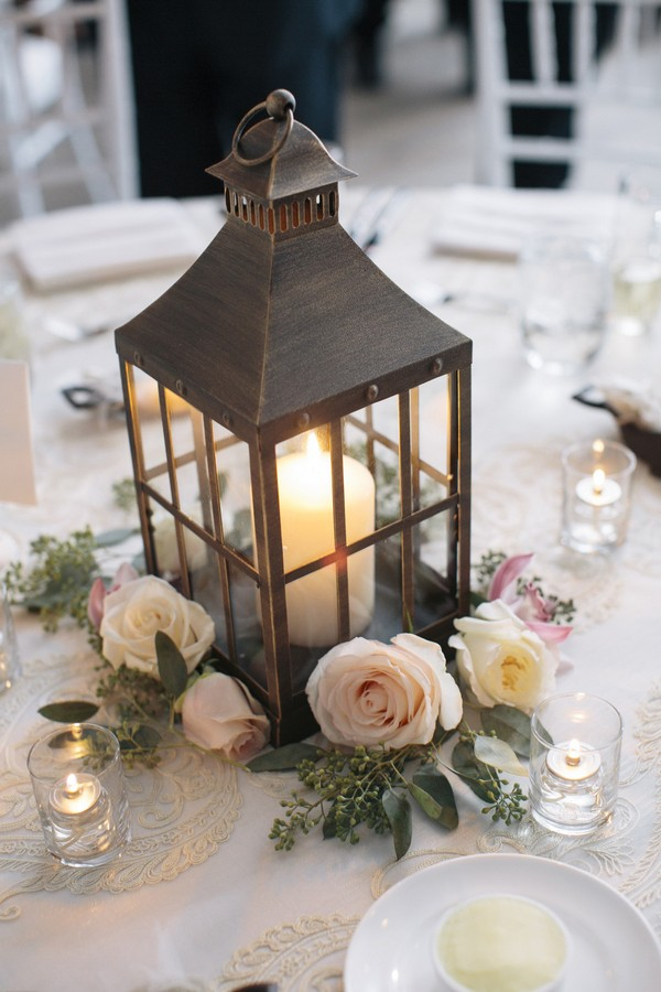 vintage wedding centerpiece ideas with lantern and candles