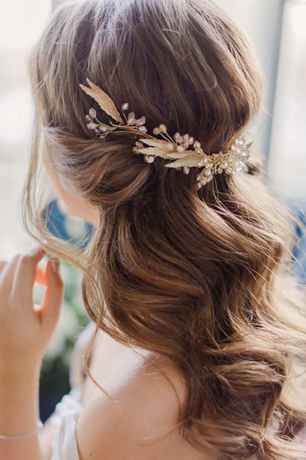 15 Chic Half Up Half Down Wedding Hairstyles for Long Hair - Page 3 ...