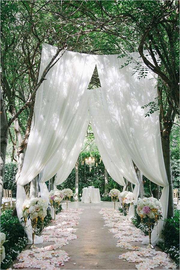 gorgeous garden wedding aisle decoration ideas