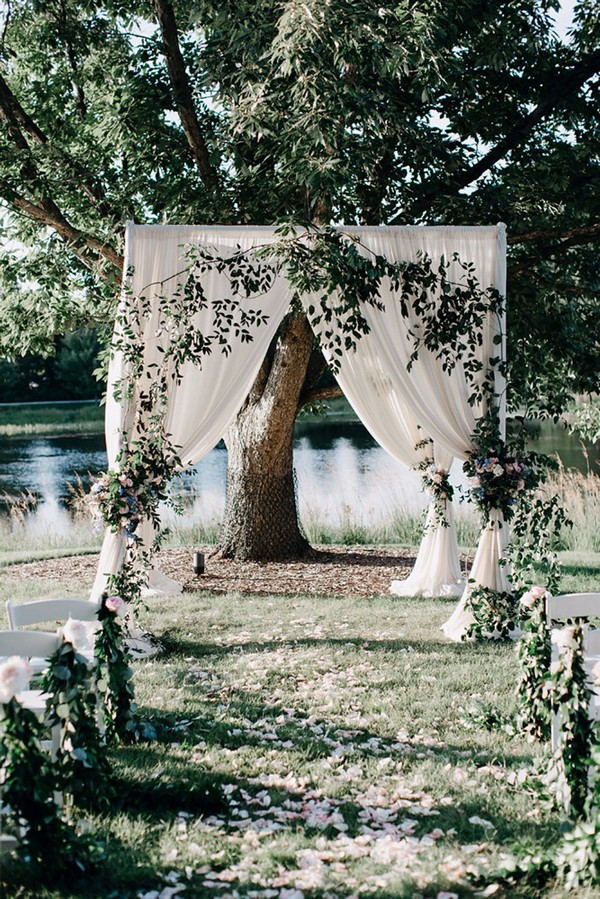 25 brilliant garden wedding decoration ideas for 2018 trends greenery and white garden wedding arch and aisle decoration ideas junglespirit Images