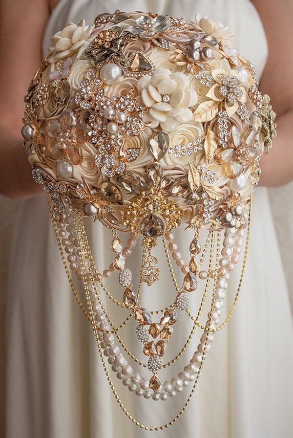 vintage champagne and ivory wedding brooch bouquet ideas