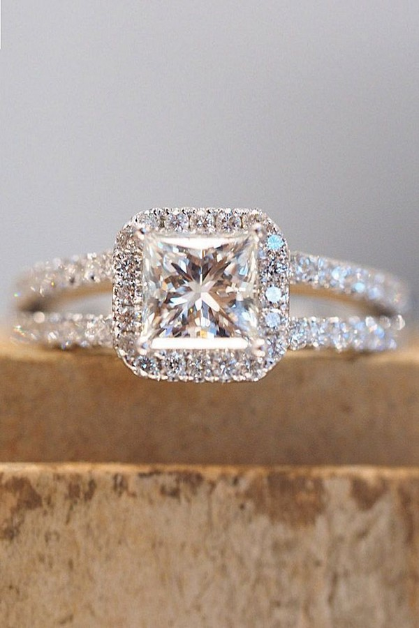 Princess cut wedding engagement ring