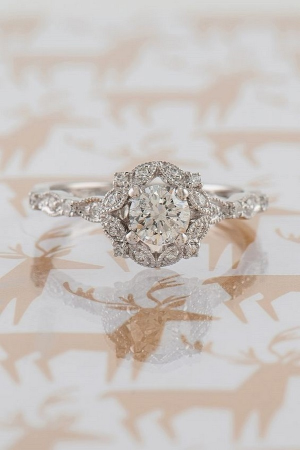 Round Halo Vintage Diamond Wedding Engagement Ring