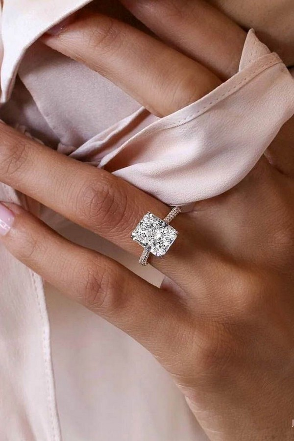 emerald cut wedding engagement ring