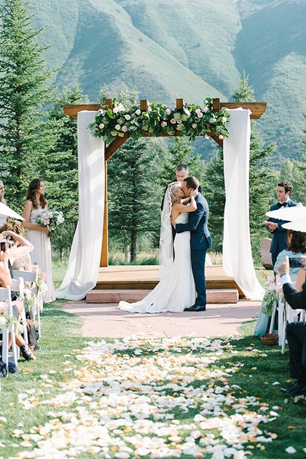 A Grand Gala Wedding Inspiration - The Pink Bride