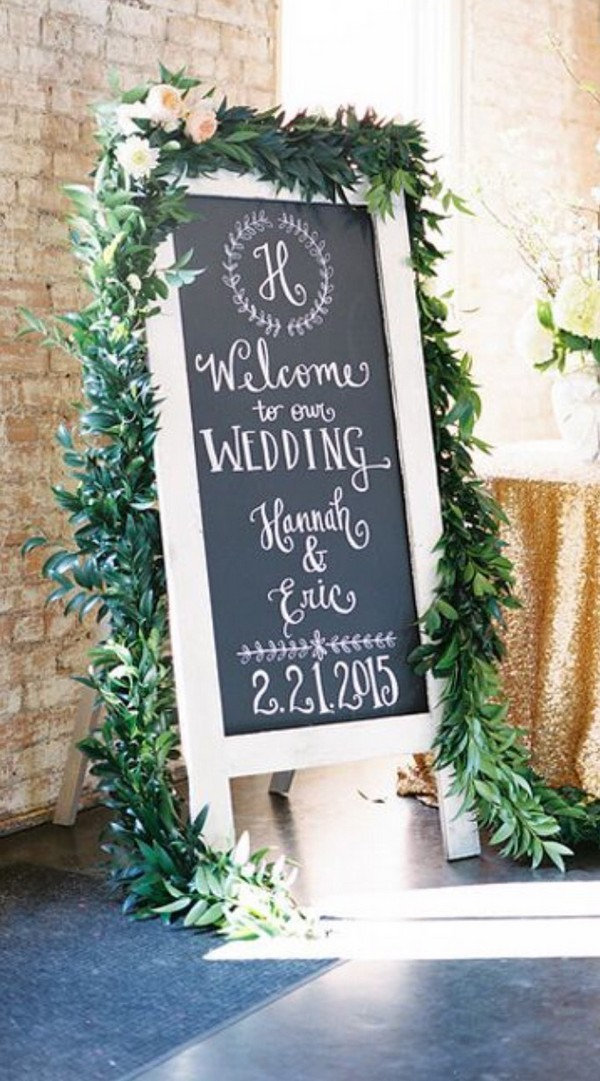 garden themed chalkboard wedding sign ideas