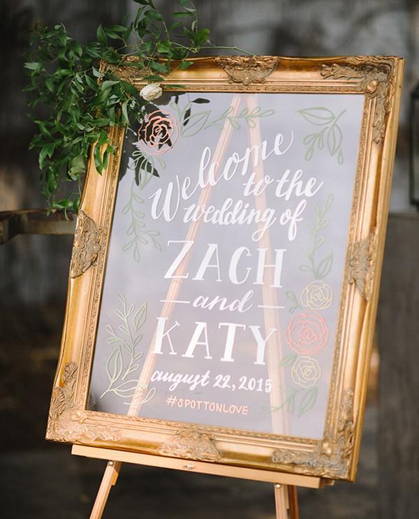 Wedding Signage Ideas: 18 Brilliant Vintage Mirror Wedding Sign Ideas For 2018