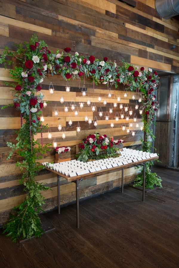red and green wedding decoration ideas
