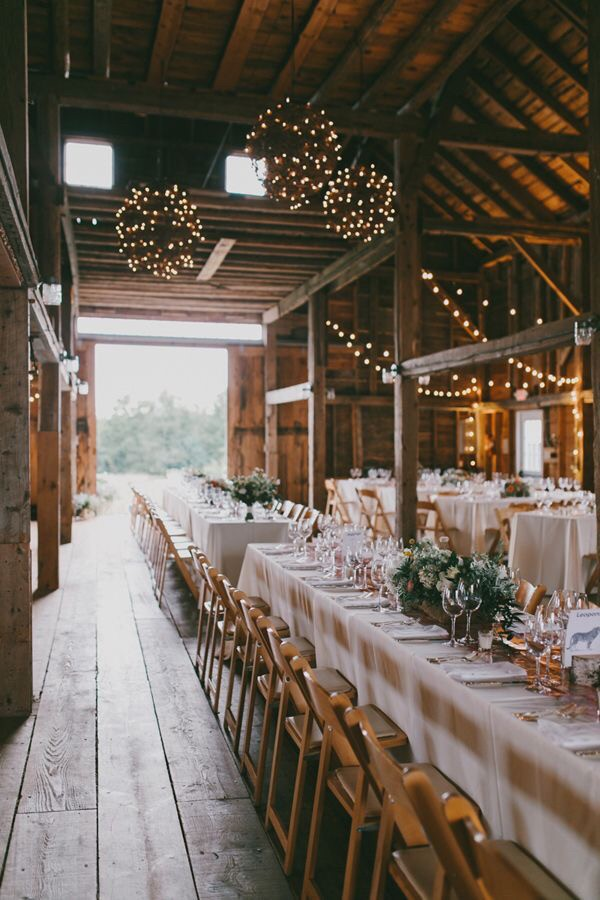 table arrangement for rustic wedding reception ideas in barn