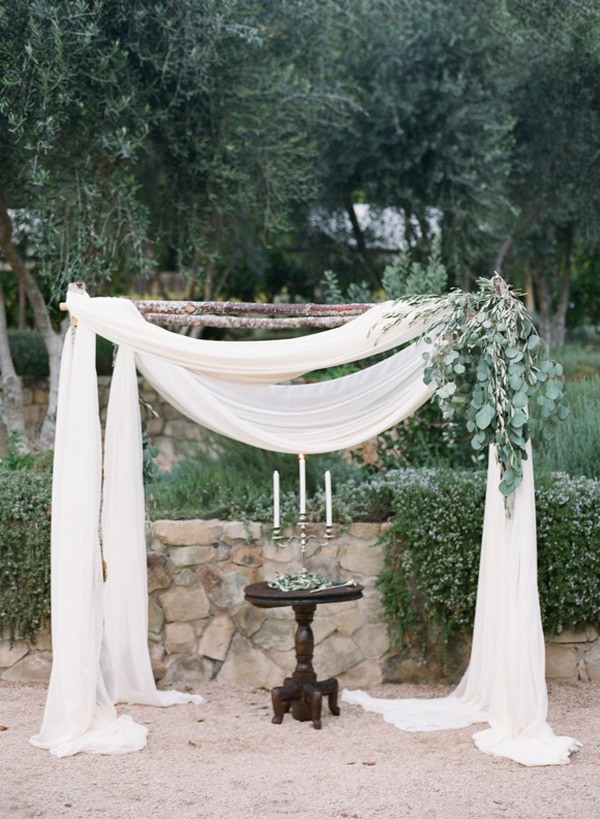white and greenery wedding alter decorations