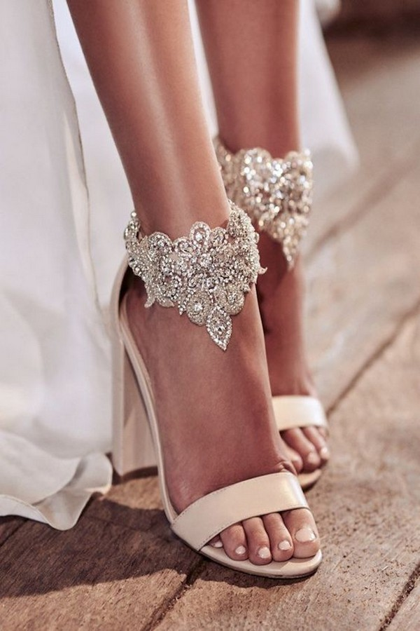 Anna Campbell neutral wedding shoes