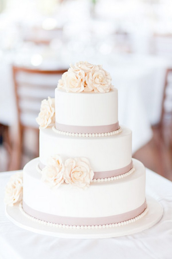 15 Simple But Elegant Wedding Cakes For 2018 Page 2 Of 2