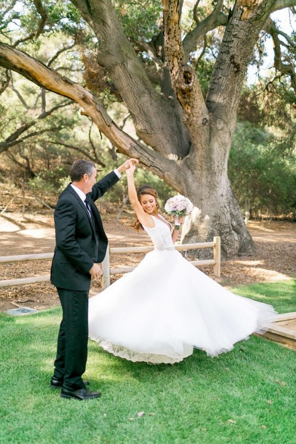 father-daughter wedding photo ideas