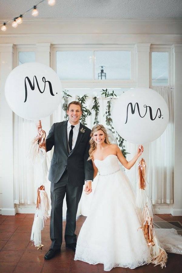 mr. & mrs. balloons wedding decoration ideas