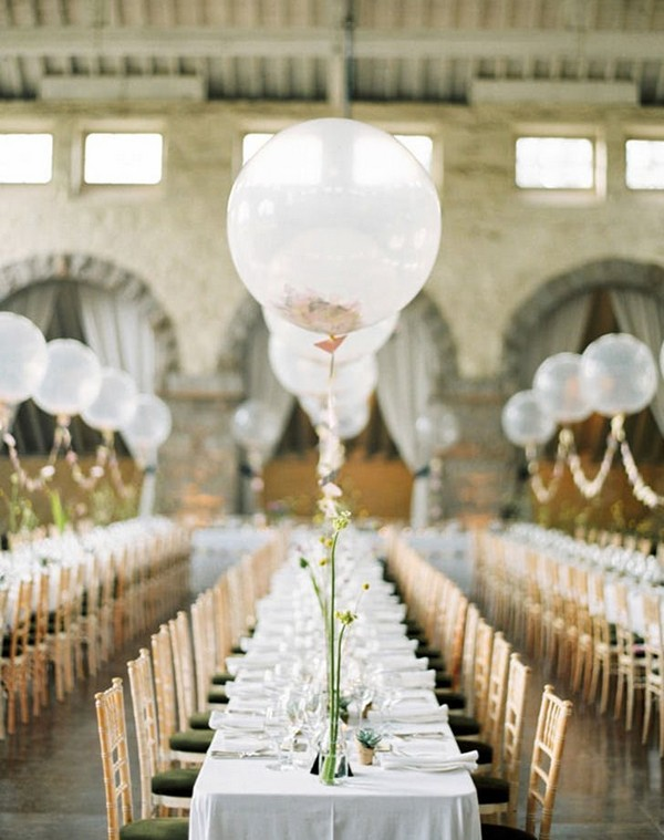 romantic wedding reception decorations with balloons