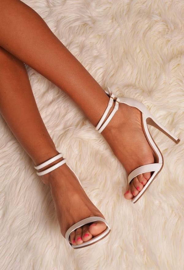 simple but elegant bridal shoes