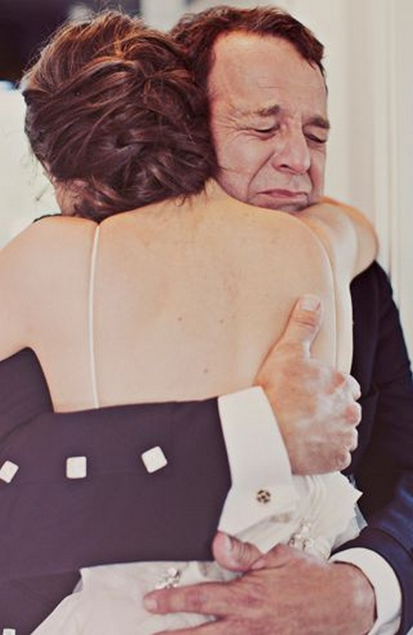 touching father daughter dance wedding photos