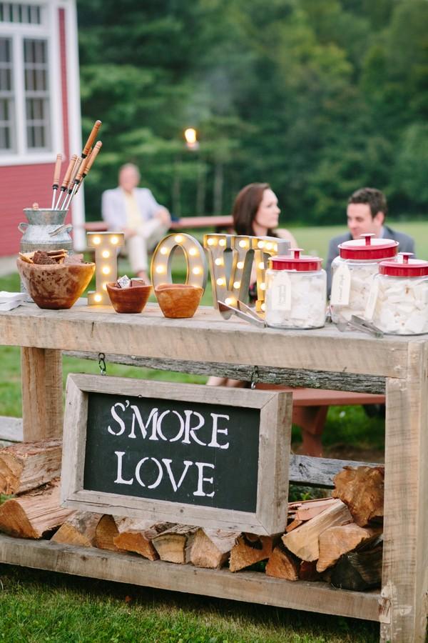 wedding S'mores Bar food station decoration ideas