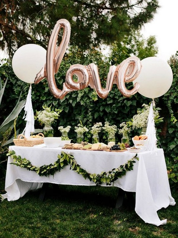 wedding buffet decoration ideas with balloons
