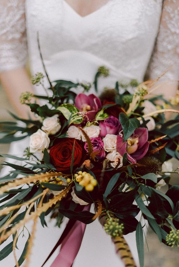 Fall wedding bouquet ideas with feather