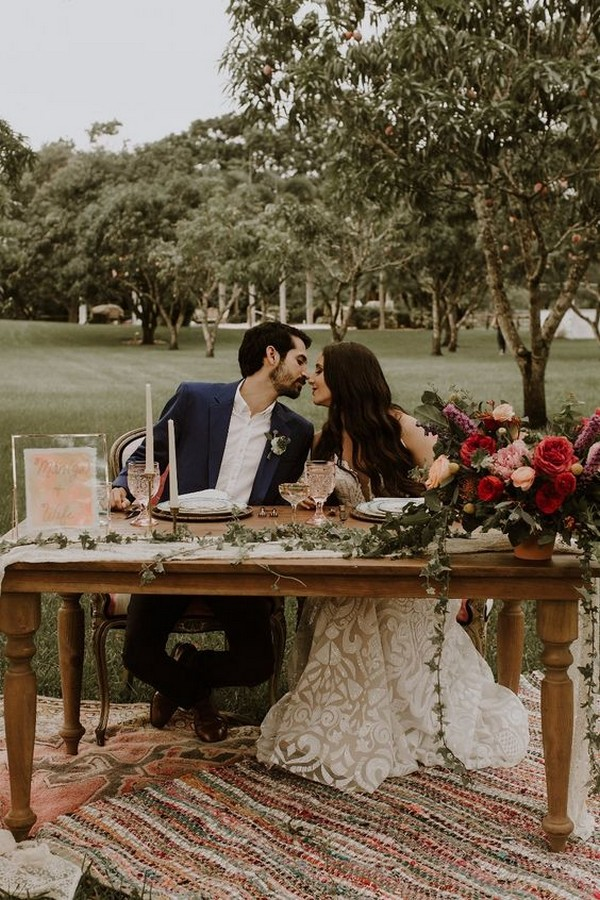 boho vintage wedding sweetheart table ideas