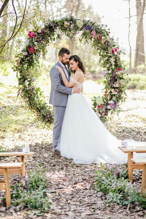 floral circular wedding alter ideas