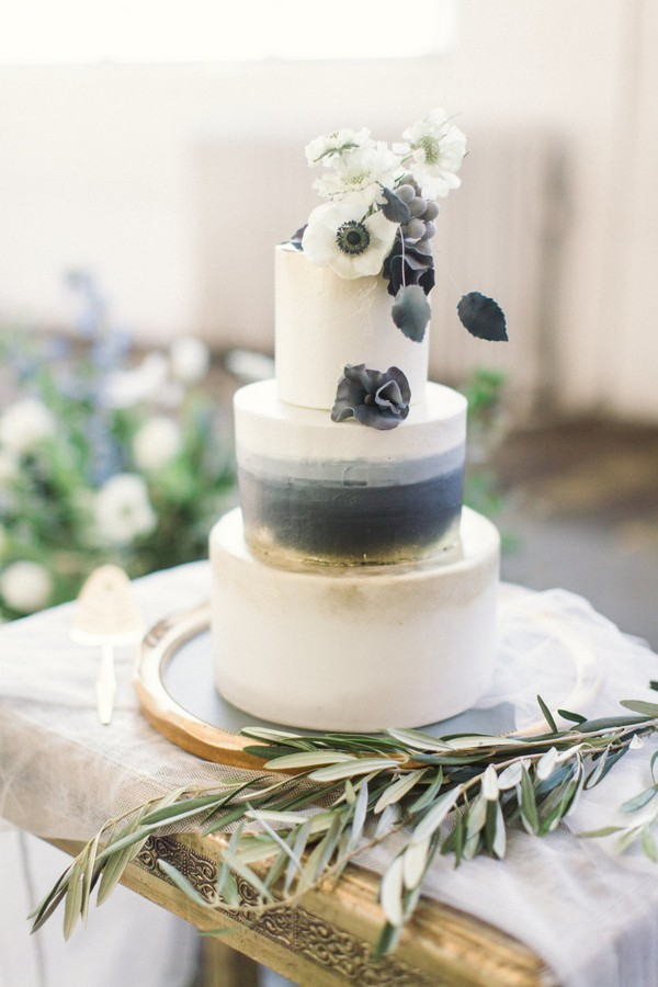 grey and gold wedding cake ideas