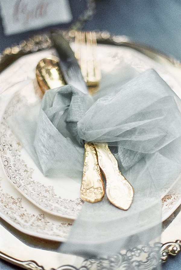 grey and gold wedding table settings