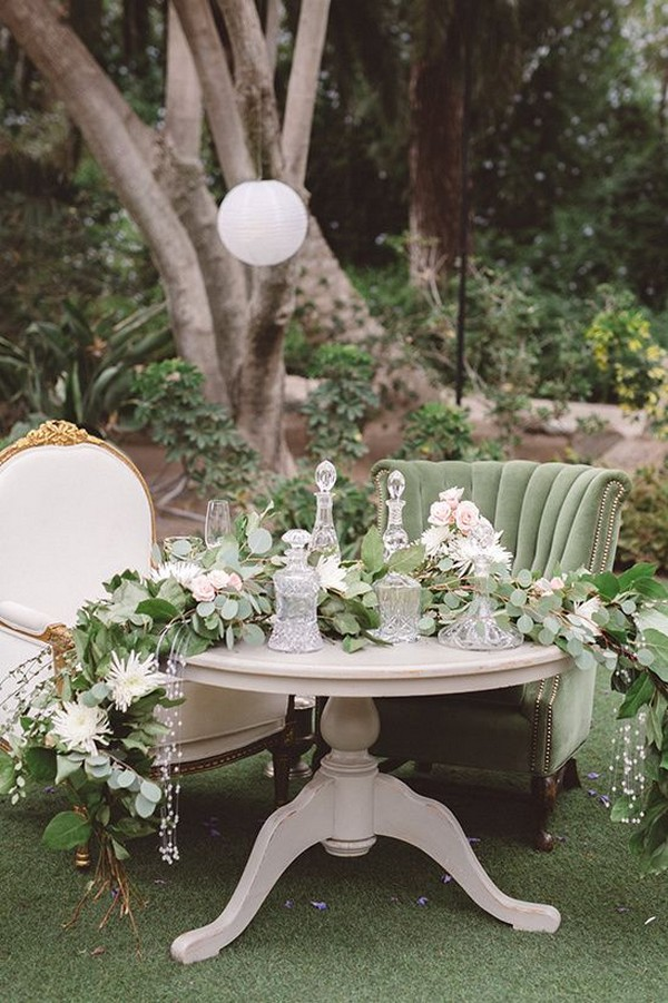 neutral and romantic sweetheart table decoration ideas