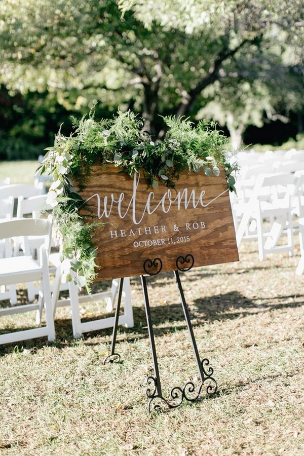chic outdoor wedding sign ideas