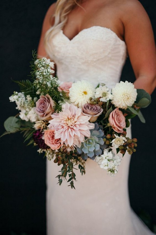 dusty  pink wedding bouquet with succulents