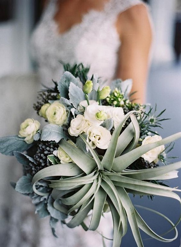 neutral wedding bouquets ideas with succulents
