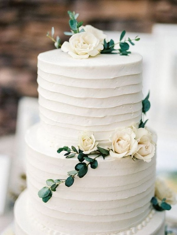 simple organic wedding cake for 2018