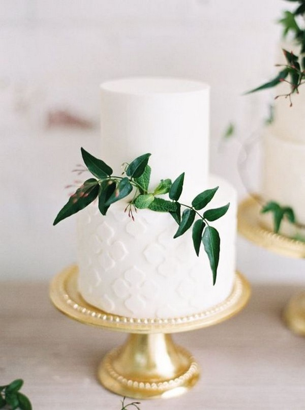 white and green trending wedding cake