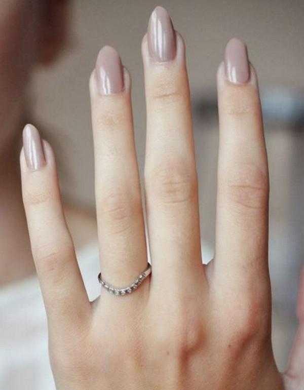 elegant neutral bridal nail ideas