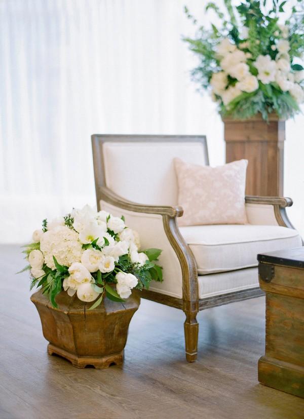 elegant wedding seating area decoration ideas