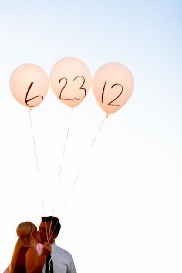 engagement photo ideas with balloons