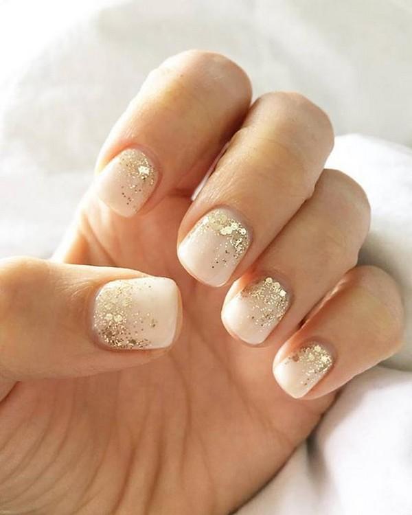 glittery gold wedding nail inspiration