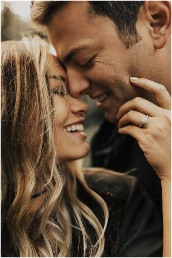 romantic engagement photo ideas to show off your ring