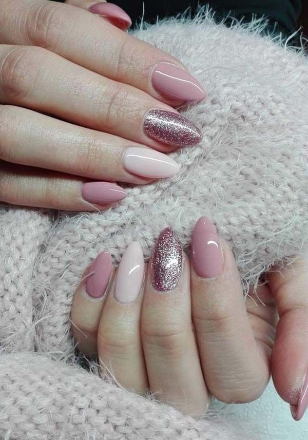 shades of pink glittery wedding nail ideas