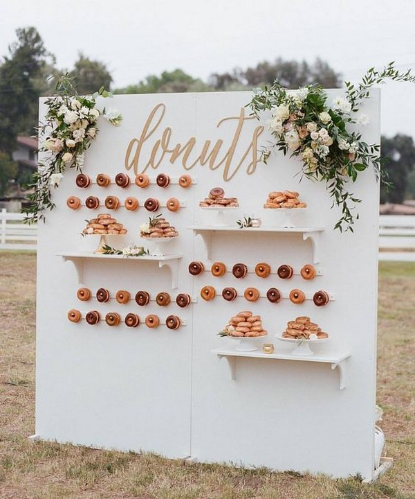 outdoor wedding donuts wall decoration ideas