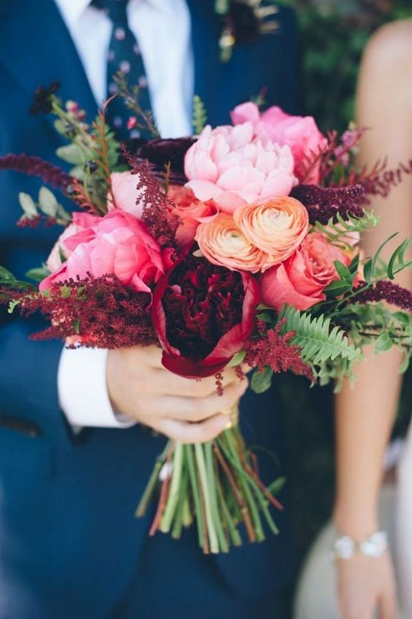 shades of pink fall wedding bouquets