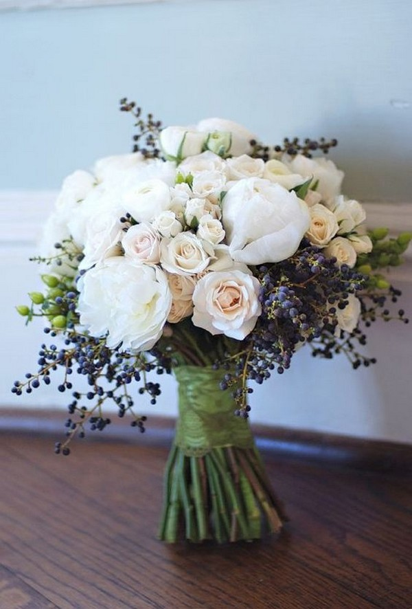 navy blush and ivory wedding bouquet ideas