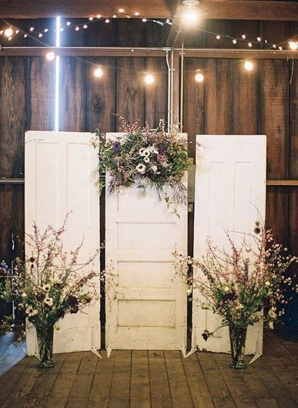vintage old door wedding backdrop ideas with string lights