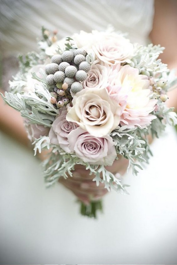 blush pink winter wedding bouquet ideas