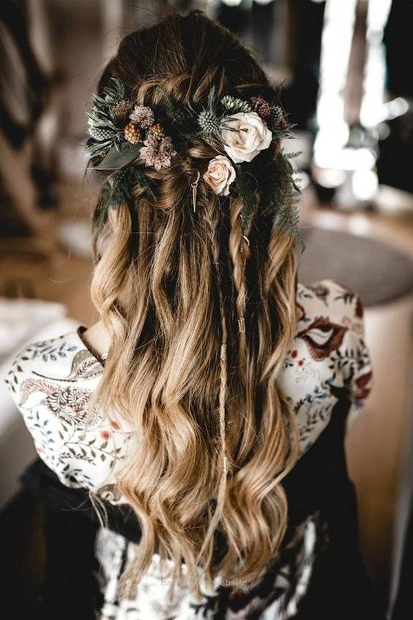 boho half up half down fall wedding hairstyle ideas