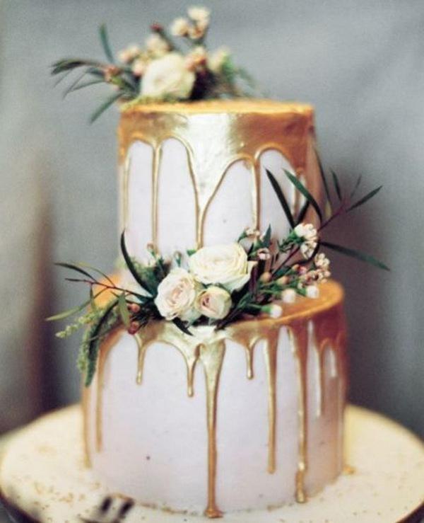 fall wedding cake ideas with metallic gold drips