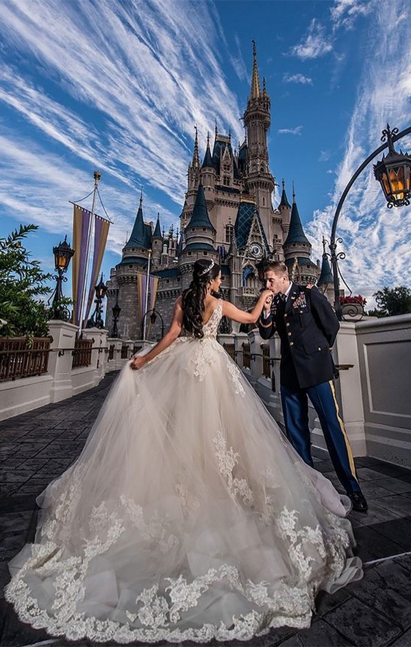 Disney World wedding photo ideas