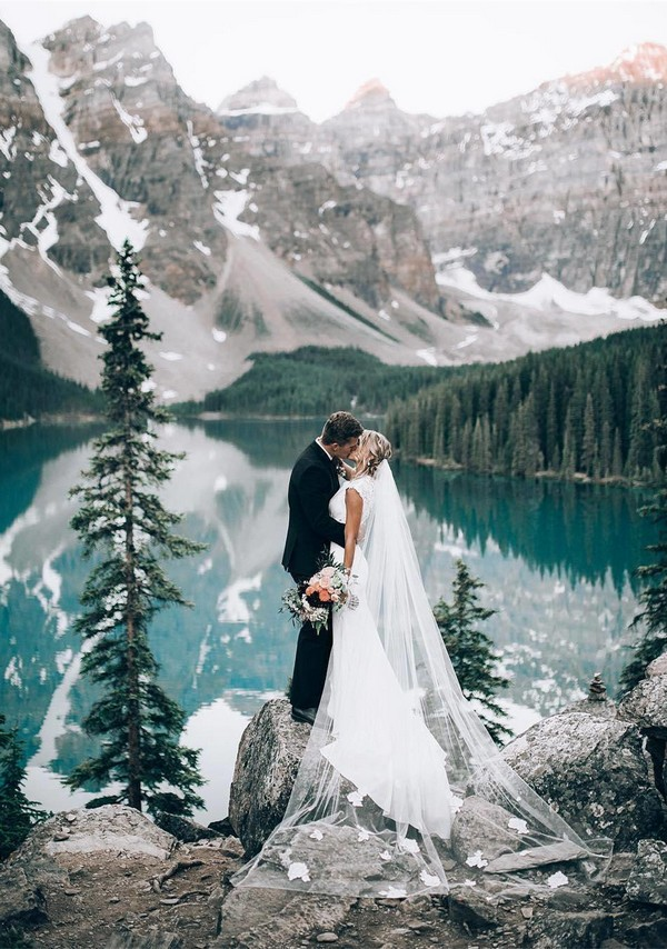 fairytale mountain side wedding photo ideas
