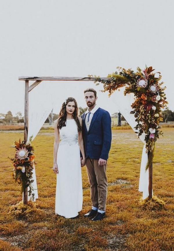 outdoor fall wedding arch ideas